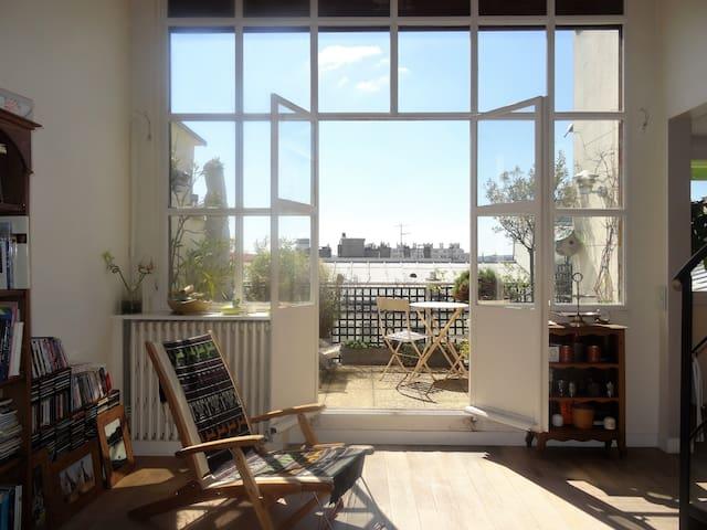 Chambre calme dans un Loft a Paris 15e w/ terrasse