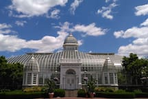 Franklin Conservatory is situated on Franklin Park, a 5 minute drive from here.