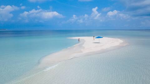 Private Room in SeaLaVie Inn, Ukulhas, Maldives
