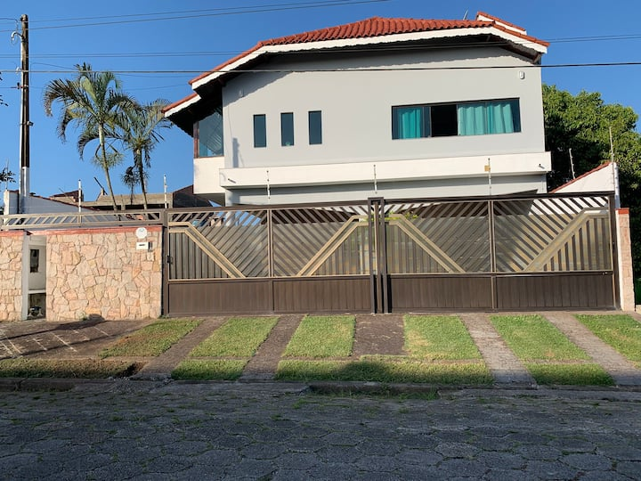 Casa Praia Peruibe - Mil Metros da Praia.