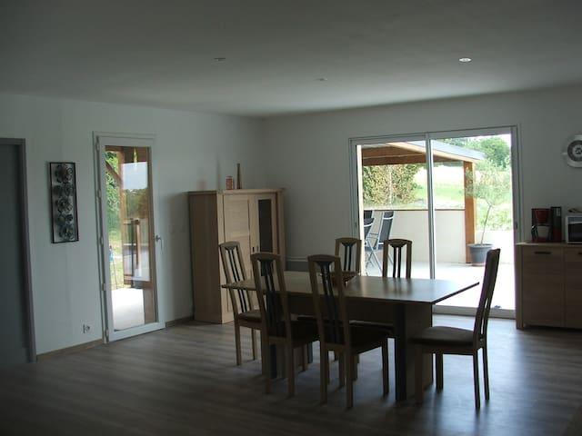 Villa au calme avec piscine chauffée privée - Labastide-Marnhac