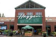 Haggen Grocery - 10 minute walk