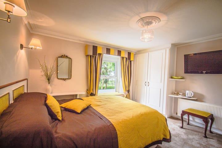 Altahammond House Bed&Breakfast, Whitehead