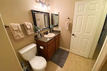 Cozy Private Room Near Downtown Chandler