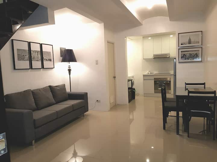 Stylish Townhouse Lipa City