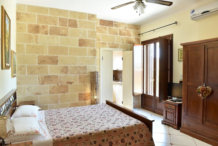 Rino's room Villa anastasia club