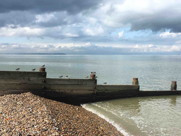Ro's Place, Whitstable