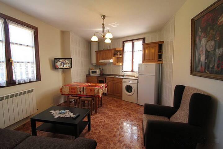 Ven a Ovio ! y vive Asturias, tierra de aventuras - Llanes - Appartement