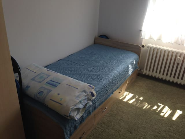 Cozy private room, quite! - Lippstadt - Apartemen