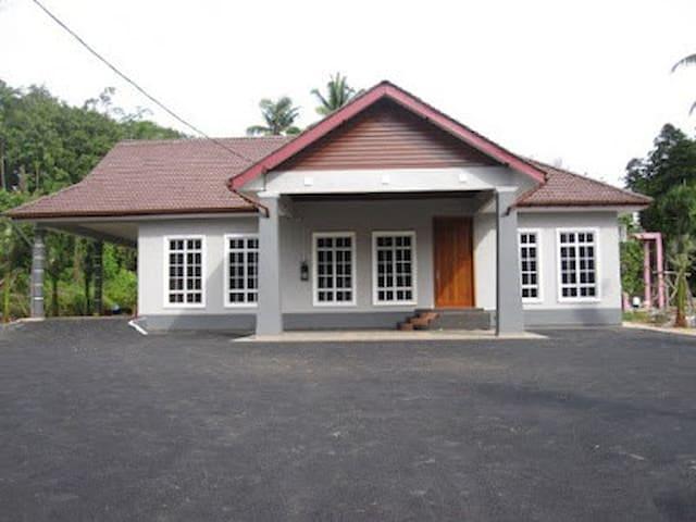 Homestay Villa Yusuf 1