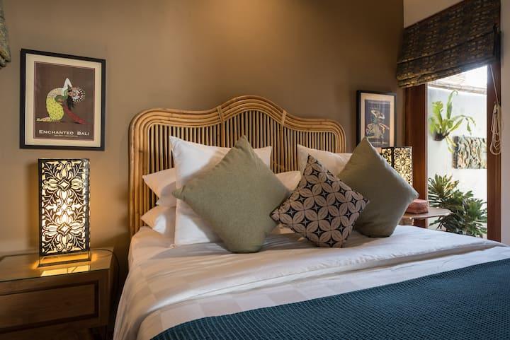 2 Bedroom Designer Dream In the Heart of Sanur