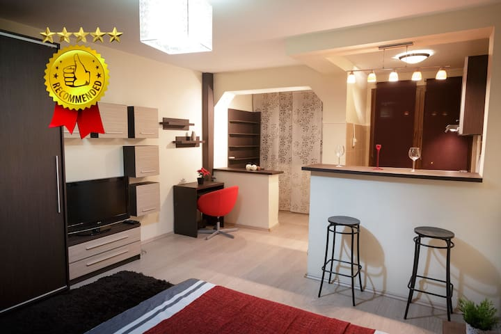 ♥️CENTRAL FLAT CLOSE TO METRO / MALL / GREAT PARK