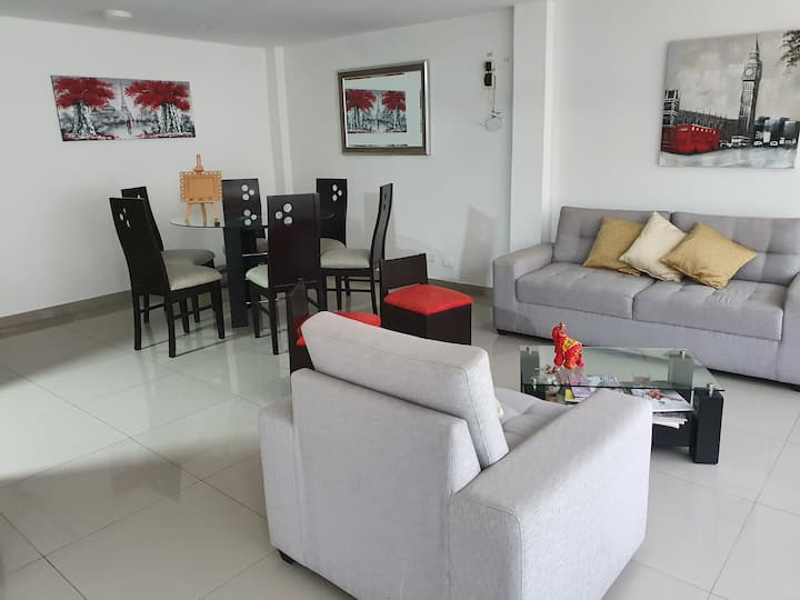 Inmejorable Flat u oficina en San Miguel-Lima-Peru