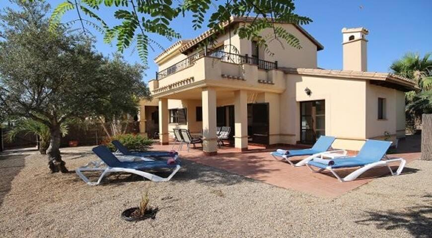 HL035 2 bedroom villa in hacienda del alamo