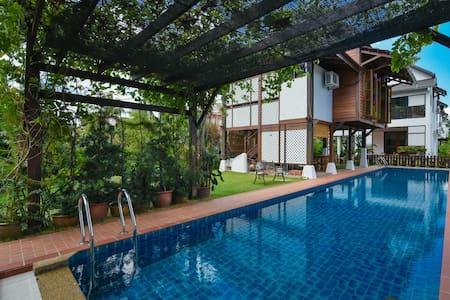 双人房附加泳池设施 - Malacca - Villa