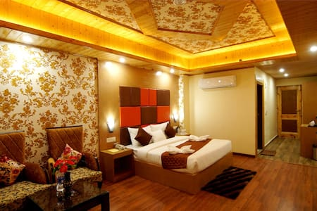 SUPER DELUXE ROOM AT KULLU