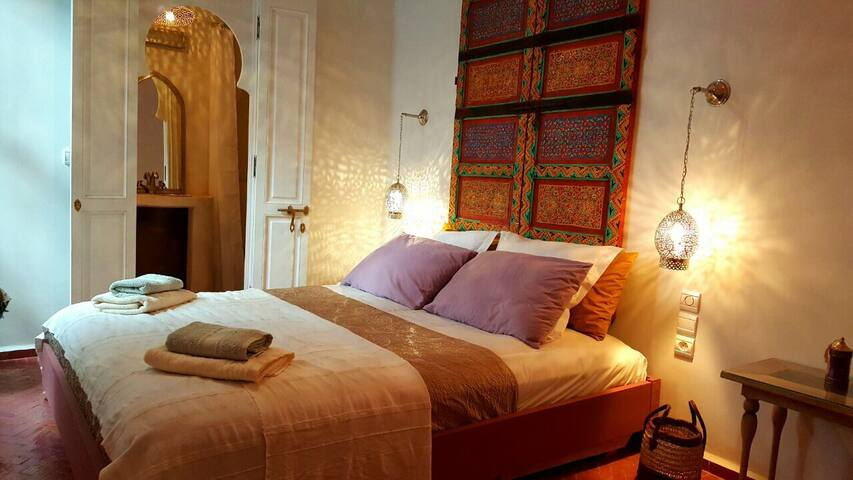 Jemaa el-Fna Riad Laly chambre sdb wc Tifawt - Marrakech  - Bed & Breakfast