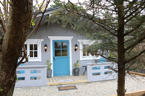 Inisean Log cabin (auxilary to B&B)
