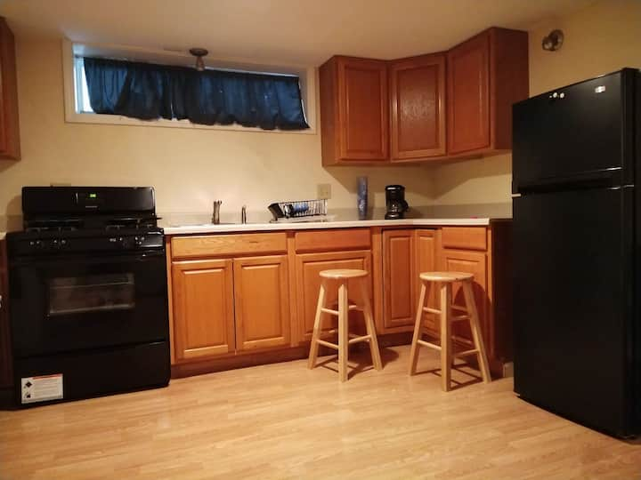 Studio apartment! Close to 接近 Syracuse University