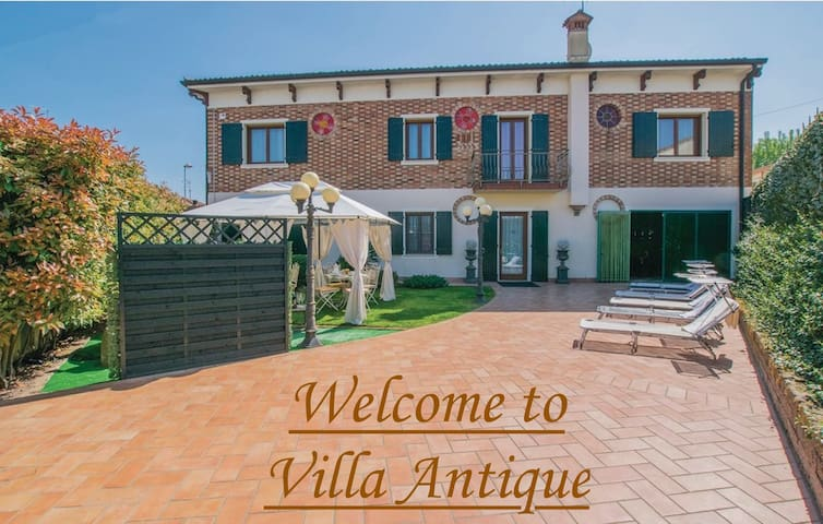 Villa Antique