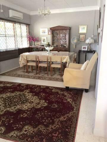 Umi's Home Villa - Kuala Kangsar - Haus