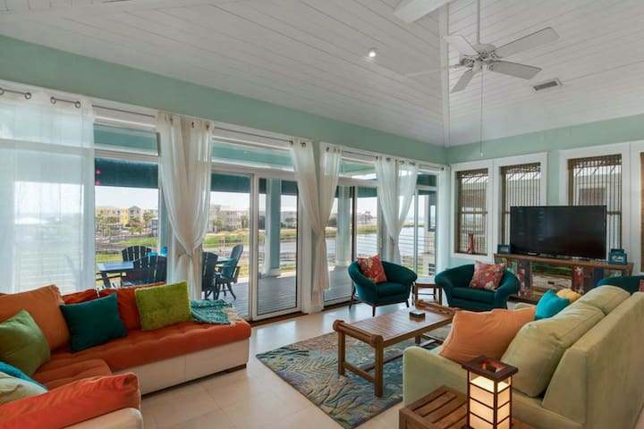 It Doesn't Get Any Better - Stunning Home at Destin Pointe! Partial Gulf View!