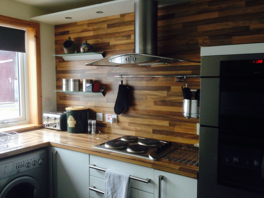 Fitted kitchen fully equipped with everything you will need