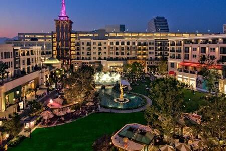 ***New*** Glendale private spa bedroom - Los Angeles