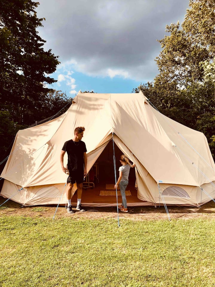 Glamping by the sea in dronningmølle with pool
