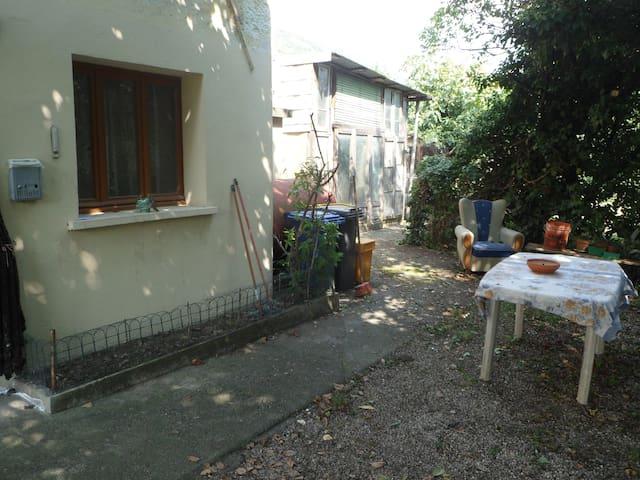 La maison ménagère classic - Caneva - House