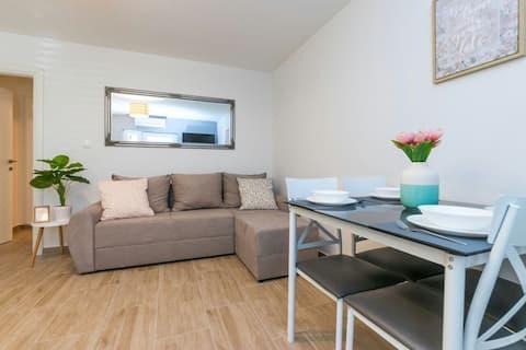 NEW cosy and modern apartment Kastela, Split