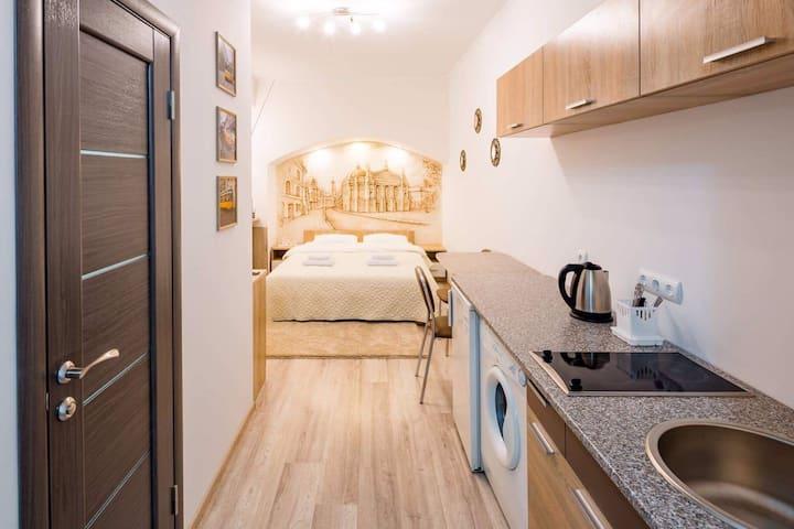 Apartment on Khmelnytsky Street 5