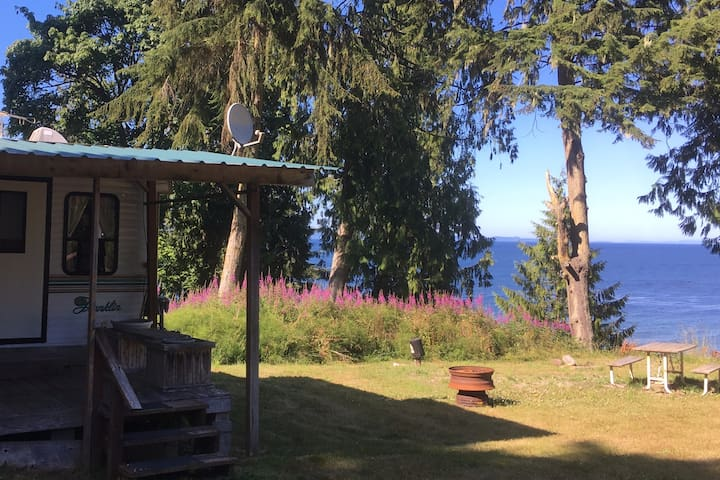 Eagle's Nest RV Beach Cabin Strait of Juan De Fuca
