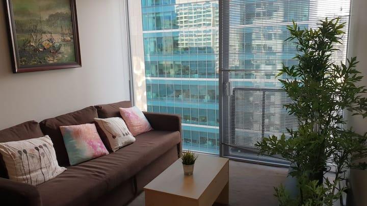 CBD 2 bedrooms apartment I free Tram I middle city