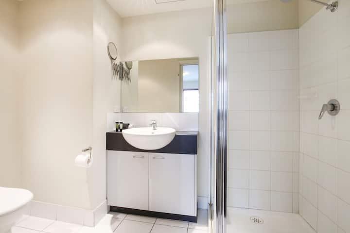 One Bedroom Apartment-14
