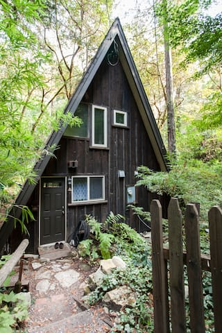 Cottage on the Creek/In Redwoods