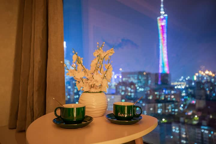 【雲塔】塔景大床房3  广州塔  珠江新城  琶洲会展中心