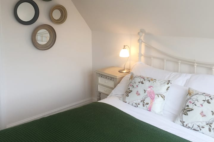 The Hideaway -central Whitstable location