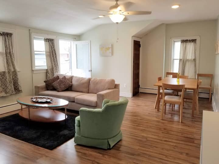 WINTER DISCOUNTS Sun-soaked 2nd FL apt in Ventnor