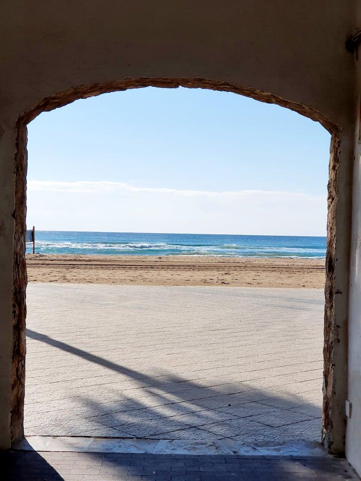 Apartamento de playa con encanto y estilo marinero