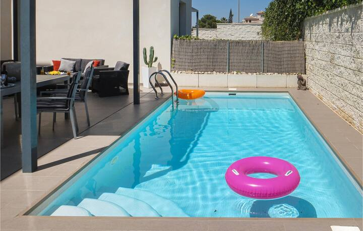 Awesome home in Rojales with WiFi and 2 Bedrooms
