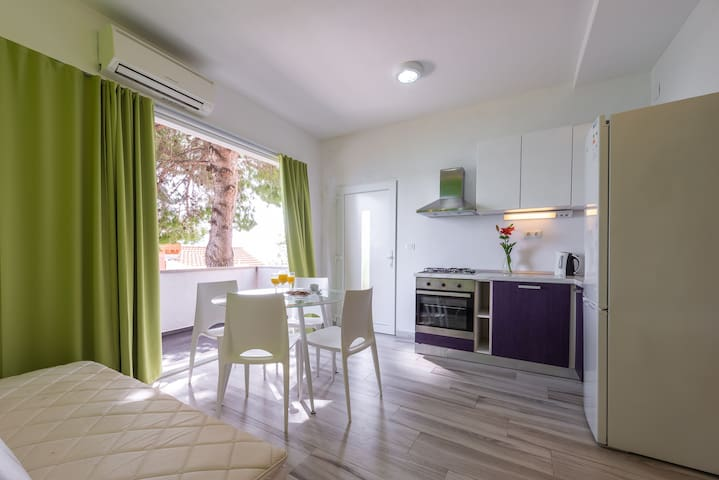 Pine Apartment - Villa Ratac