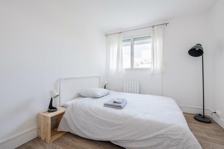 Chambre privée en colocation / grand appartement