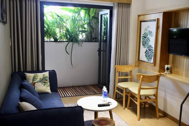 The Avis Apartments - Attic Double 402