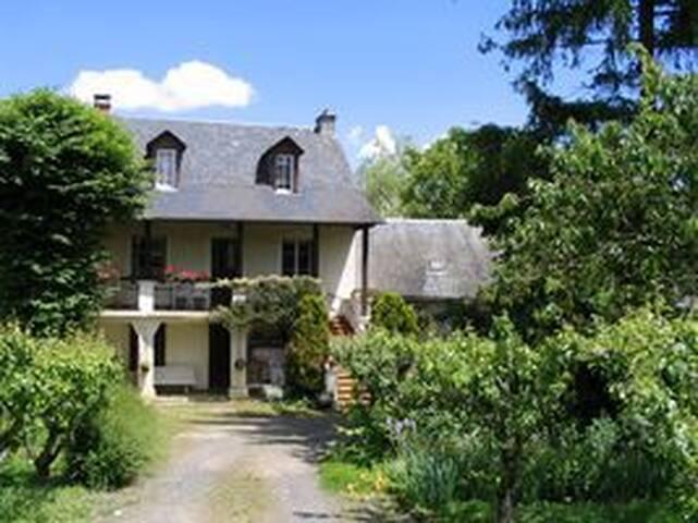 Une belle maison au coeur de l'Aveyron