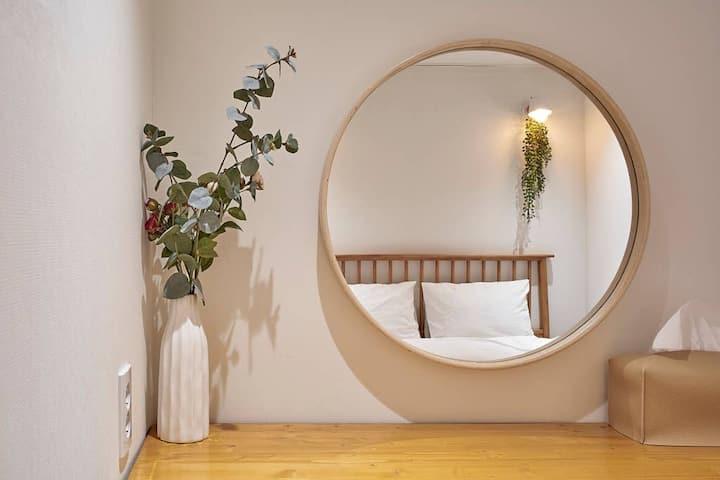 [2min Hongdae Stn] 2 Bedrooms, private bathroom
