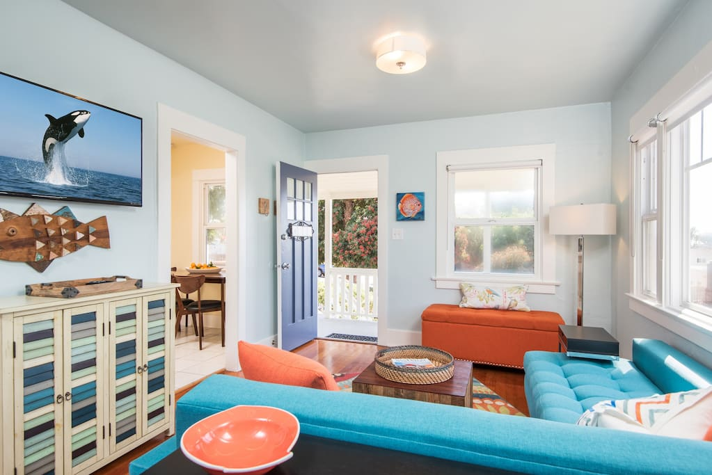 "Sunset Cottage - 43"" smart TV, and complimentary high-speed internet, WiFi and Netflix."
