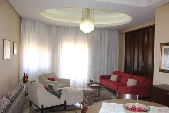 Panoramic apartment in Marsala center with garage