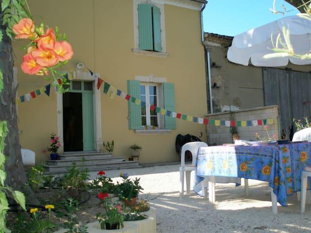 Maison & Jardin, Vaucluse Provence - Le Thor - Dům