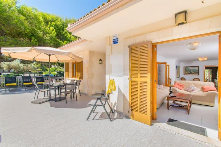 Villa Canta:) House for 8 in Playa de Muro